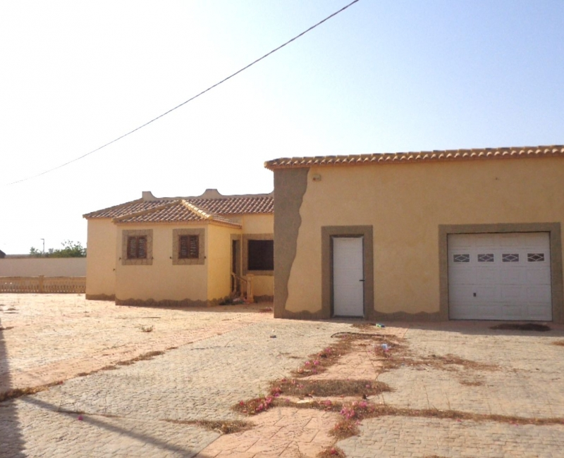 Reventa - Chalet independiente  - Avileses - Zona residencial