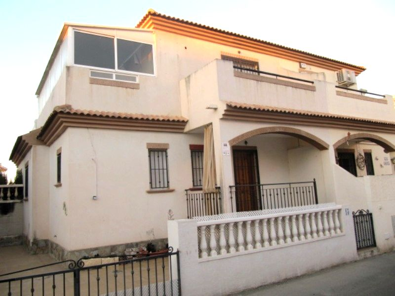 Sale - Townhouse - Torrevieja - Center